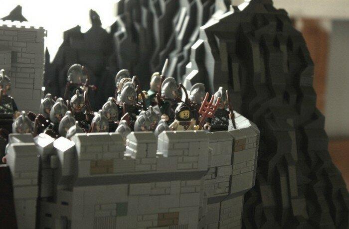 Хельмово Ущелье из LEGO